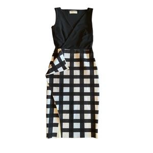 Chiara Boni Checkered Sleeveless Dress